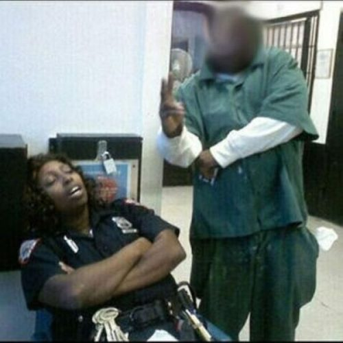 Rikers officer busted sleeping on job, security-guards-sleeping-on-the-job-while-on-duty