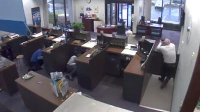 Alpine Bank Armed Security Guard Video Kills Bank Robber 34-year-old Laurence Turner of Rockford
